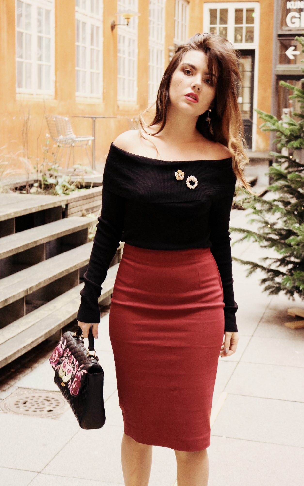 Put a pencil skirt, open your shoulders and add a red lipstick